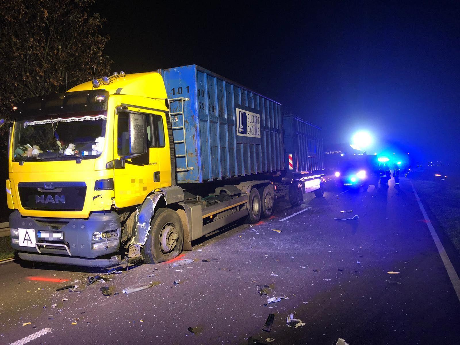 TH2 – Verkehrsunfall eingeklemmte Person / B81 Osterholz-Pfeifenkrug