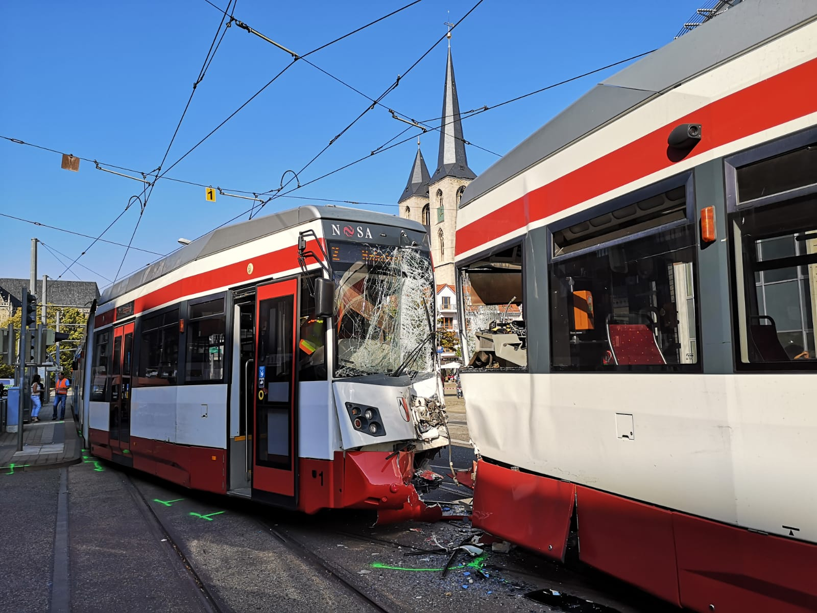 Straßenbahnunfall mit 11 Verletzten – Kühlinger Straße / Holzmarkt