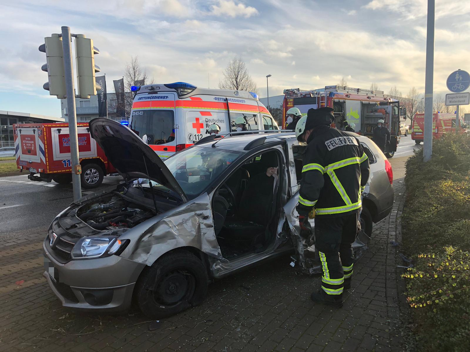 Verkehrsunfall PKW-LKW – Rudolf-Diesel-Straße