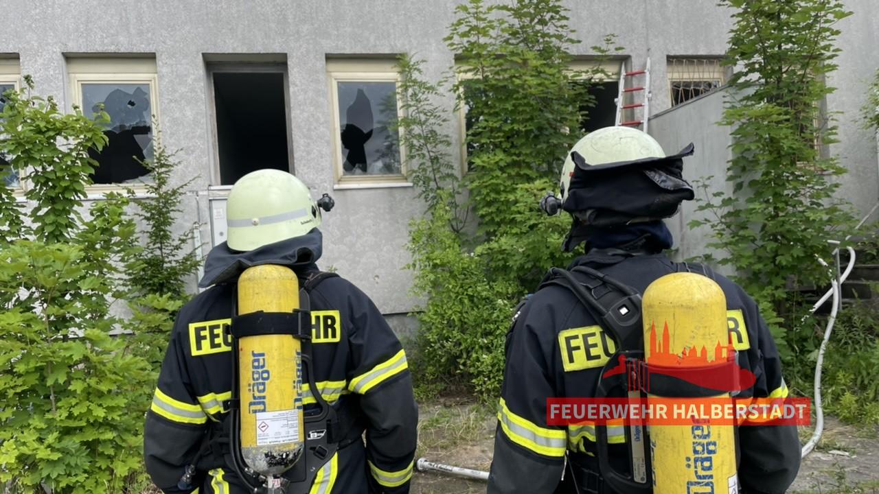 Brand im ehem. Klubhaus – Harmoniestraße / Spiegelstraße