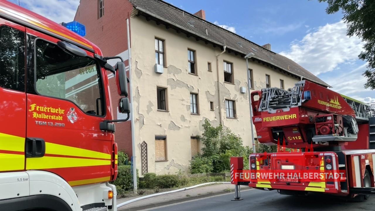 Gebäudebrand – Röderhofer Straße