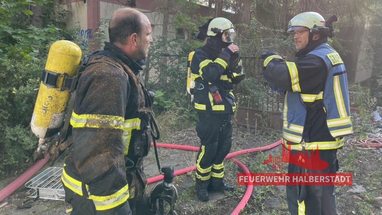 Gebäudebrand – ehem. Salut – Maxim-Gorki-Straße