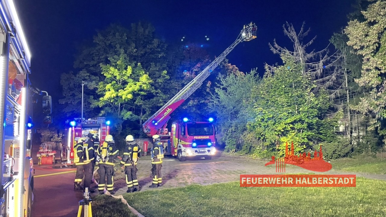 Brand im ehem. Salut – Maxim-Gorki-Straße